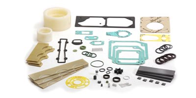 Maintenance kits and vanes for vacuum pumps